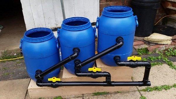 Hệ lọc 3 thùng - Ống xả đáy, ống xả tràn 3 khoang chứa