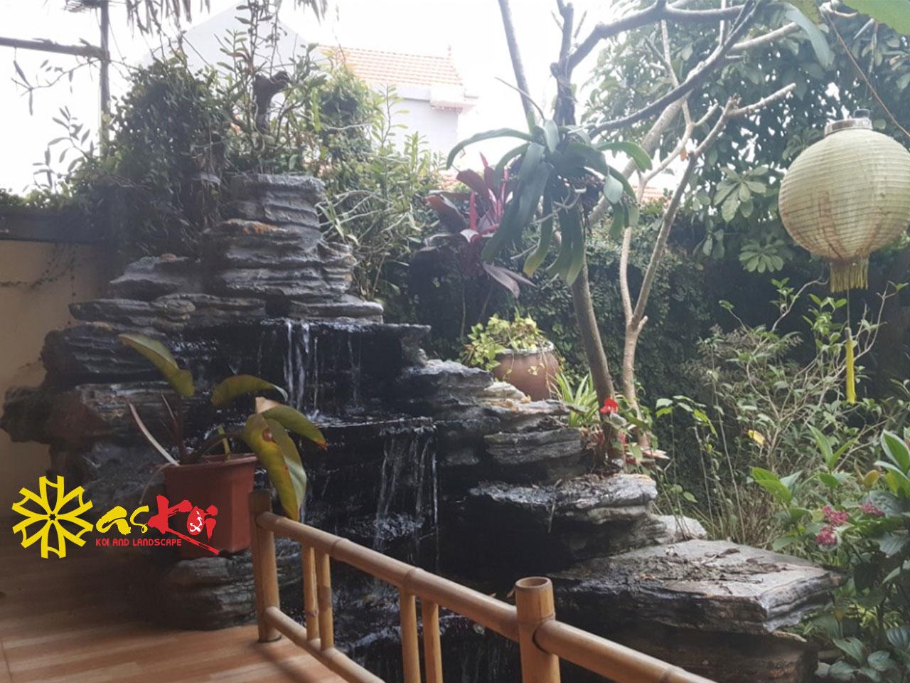 Thác Nước Nhân Tạo Hồ Koi 20m3 Chùa Vĩnh Lộc
